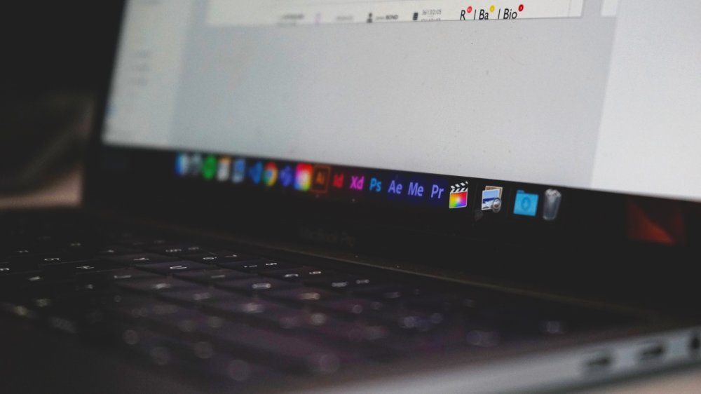Udforsk din kreativitet gennem et kursus i InDesign